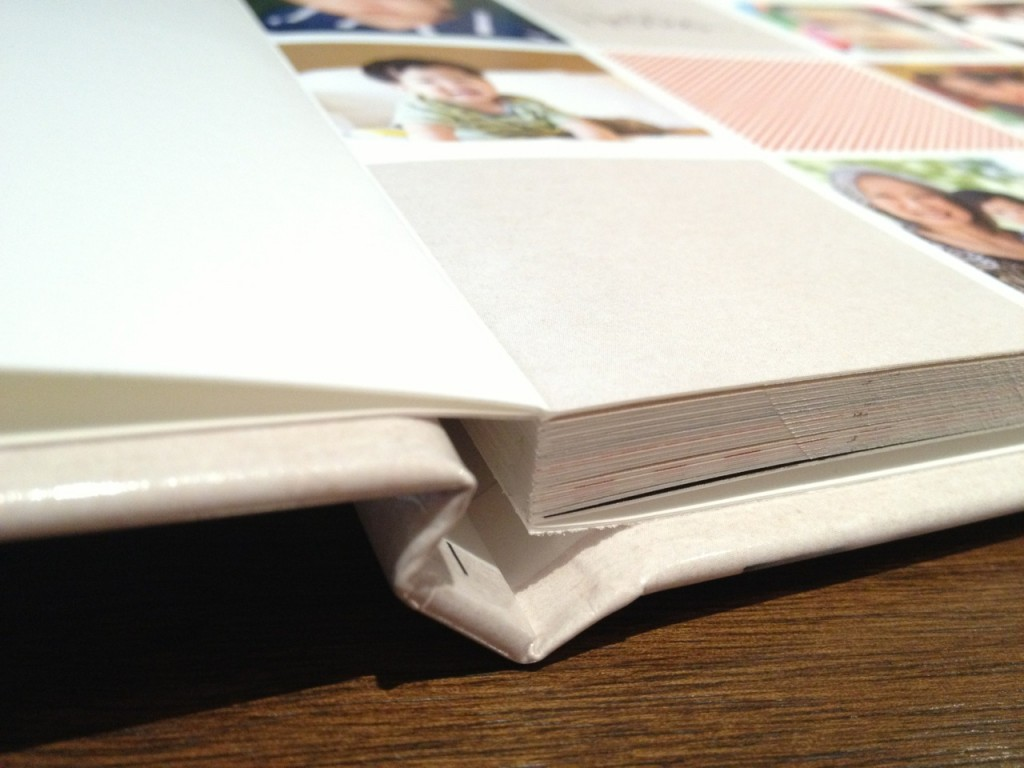 Shutterfly's lay flat pages do not have a gutter.