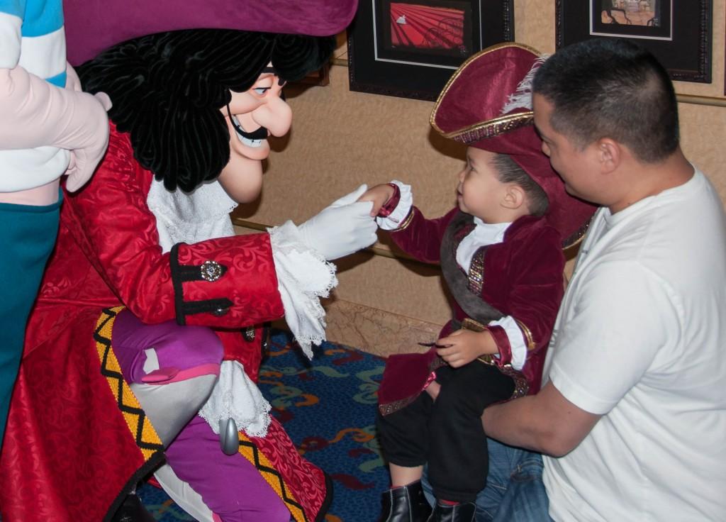 Captain Hook Disney Wonder